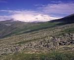 Россия, Тюменская область, Ханты-Мансийский автономный округ, Приполярный Урал, долина реки Народная, вдали гора Народная