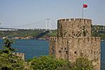 Турция, Стамбул, пролив Босфор, крепость Румелихисар, мост Фатих Султан Мехмеда